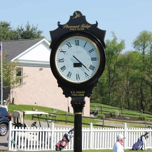 Get the best pieces of street clocks at best prices